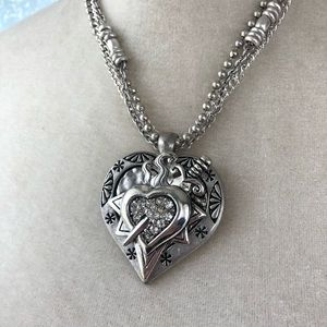 Jewelry - Silver Sacred Heart Necklace